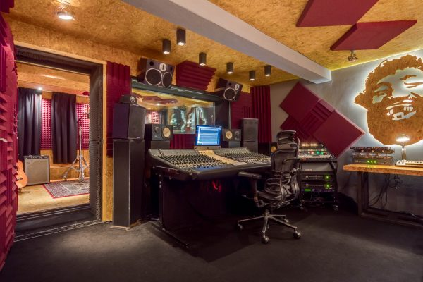 Mooie Jongens Studio Medium